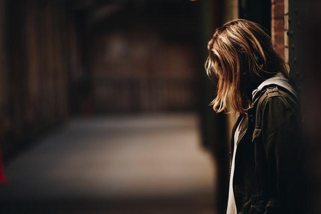 両思いなのに報われない恋…好きすぎて辛い現状を断ち切る方法は?