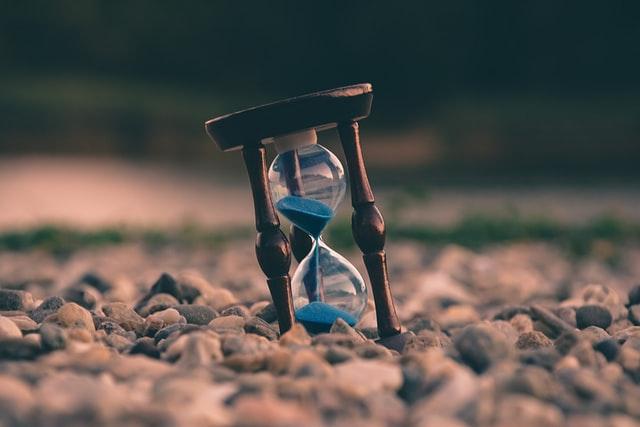失恋は本当に時間薬が解決するもの?失恋から立ち直るまでの期間は?